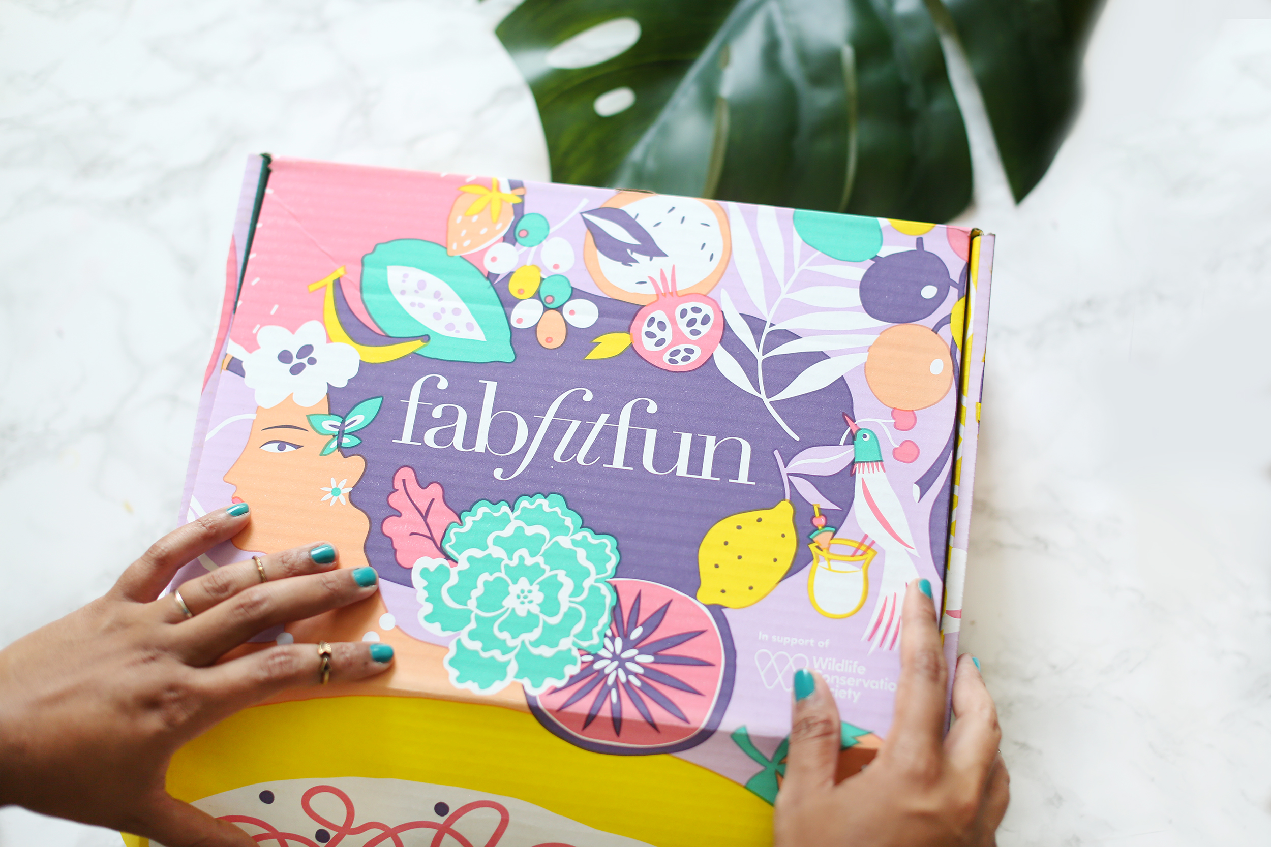 Review of the Amazing FabFitFun Summer Box -healthyaiblog.com
